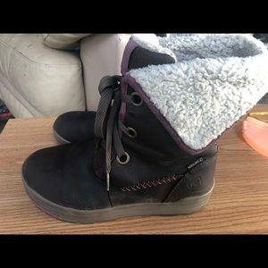 Keen 53015-BRGN Women's Winter Boots Size 7.5